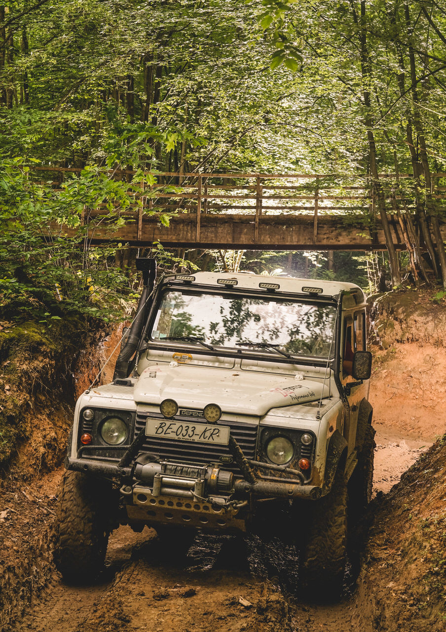 land rover 4x4 rally